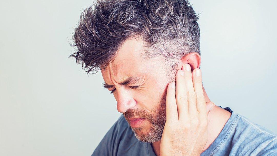 Acufeni e Postura: il Ruolo della Masticazione